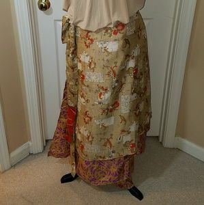 Dresses & Skirts - Plus Size Magic Wrap - 100 Ways to Wrap